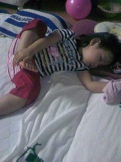 器用な寝方